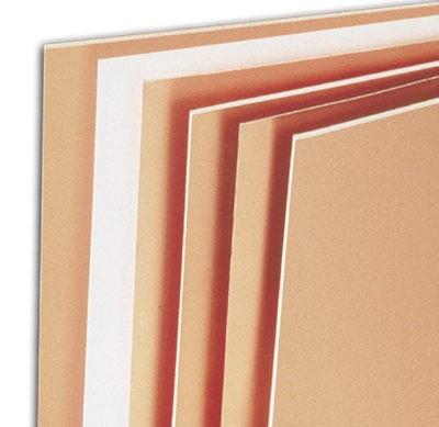 Слоистые пластики серии RO4500 для антенн — это термоотверждающиеся полимерные материалы с керамическим наполнением с малым значением ПИМ