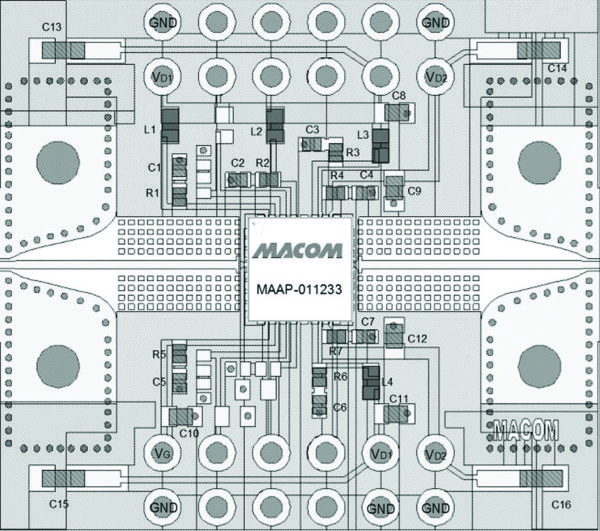 Конструкция печатной платы, рекомендованная разработчиками MACOM для усилителя мощности MAAP-011233