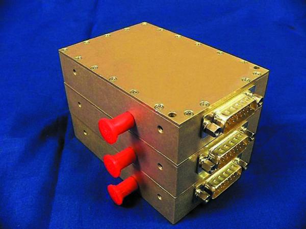 Усилитель-драйвер Ku-диапазона LW10-130106